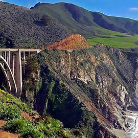 Suzanne Stout - Bixby Bridge at Big Sur