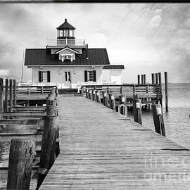 Tom Gari Gallery-Three-Photography - Black and White  Roanoke Lighthouse