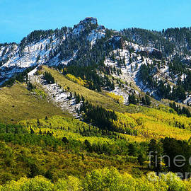 Dale Jackson - Black Mesa Rocky Peak In Autumn