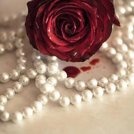 Bloody rose - Joanna Jankowska