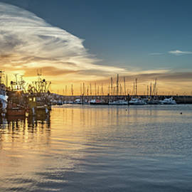 Cliff Miller - Blue and Gold.. Scarborough Harbour at Sunrise.