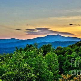 Christy Ricafrente - Blue Ridge Mountain Sunset
