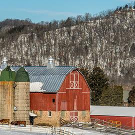 Paul Freidlund - Bluff Country Barn