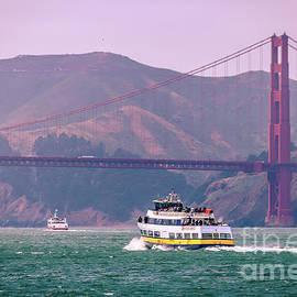 Claudia M Photography - Boat cruise at Golden Gate bridge