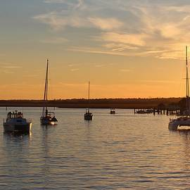 Cynthia Guinn - Boats At Sundown