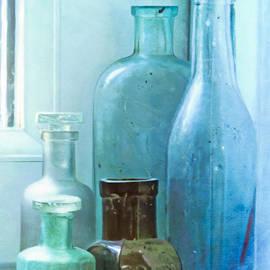 Hal Halli - Bottles on the Window Sill