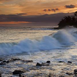 Mike  Dawson - Brennecke Waves Sunset