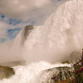 Karen Regan - Bridal Veil Falls