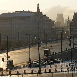 Margaret Brooks - Bridge in Moscow