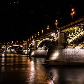 Jaroslaw Blaminsky - Bridges of Budapest