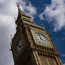 Georgia Mizuleva - British Symbols and Landmarks - Big Ben the Iconic Clock Tower of the Palace of Westminster
