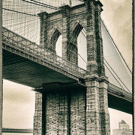 Brooklyn Bridge Sepia - Jessica Jenney
