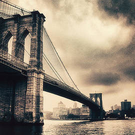 Brooklyn Bridge Vntage - Jessica Jenney