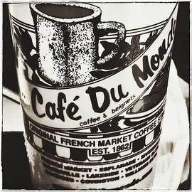 Susan Bordelon - Cafe du Monde French Market