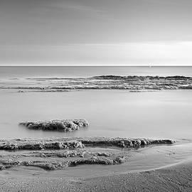 Guido Montanes Castillo - Calm sunset bn