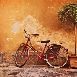 Jill Love - Charming Lucca