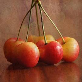 Rene Crystal - Cherry Cherry