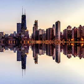 Enis Mullaj - Chicago Cityscape