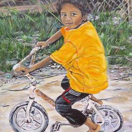 Marilyn  McNish - Chico y bicicleta