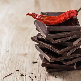 Vsevolod Belousov - Chili on the stack of chocolate bars