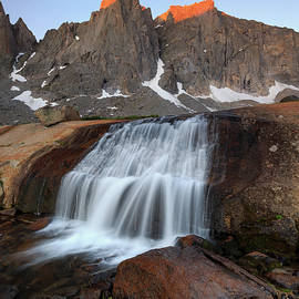 Johnny Adolphson - Cirque of the Towers Sunrise.