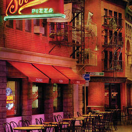 Mike Savad - City - Vegas - The Pizza Joint