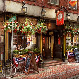 Mike Savad - City - Boston MA - The Green Dragon Tavern