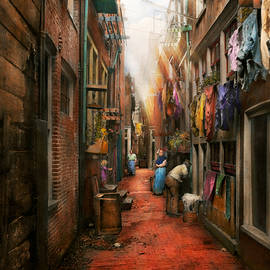 Mike Savad - City - Germany - Alley - The other half 1904