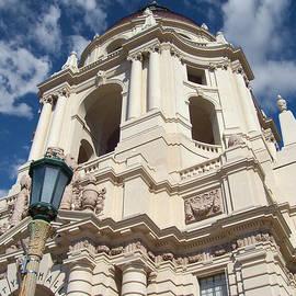 Glenn McCarthy Art and Photography - City Hall Of Pasadena - California
