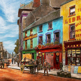 Mike Savad - City - Newry Ireland - The charm of a city 1902