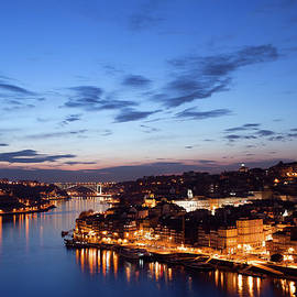 Artur Bogacki - City of Porto in Portugal at Twilight