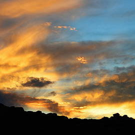 Glenn McCarthy Art and Photography - Clouds Of Liquid Gold