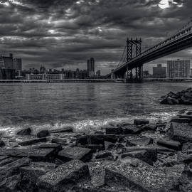 Mike Deutsch - Clouds Over The Manhattan Bridge