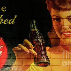 Coca Cola Memorbelia 8