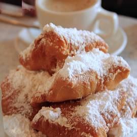 Marie Alvarez - Coffee and Beignets