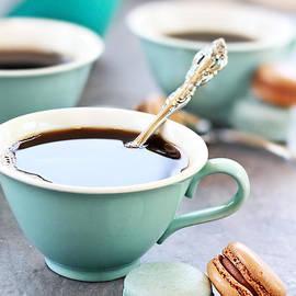 Stephanie Frey - Coffee and Macarons