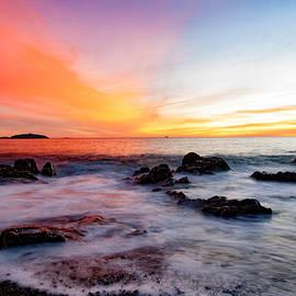 Jeff Folger - Colorful dawn at Castle Rock
