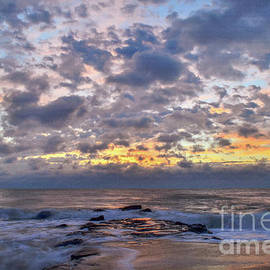 Bob Cuthbert - Colorful Morning Sky Over the Atlantic