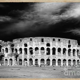 Stefano Senise - Colosseum Monochrome