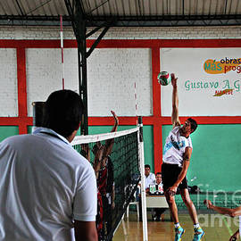 Al Bourassa - Competitive Volleyball In Andalucia, Colombia