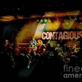 Kelly Awad - Contagious at the Ameristar