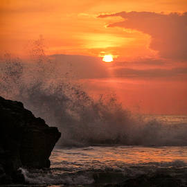 Carolyn Derstine - Costa Rican Sunset