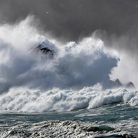 Barbara Walsh - Crashing wave at Clogher
