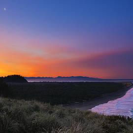 Ryan Manuel - Crescent Moon Sunrise