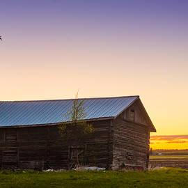 Jukka Heinovirta - Crooked Barn House In The Sunset