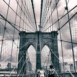 Crossing Brooklyn Bridge - Jessica Jenney