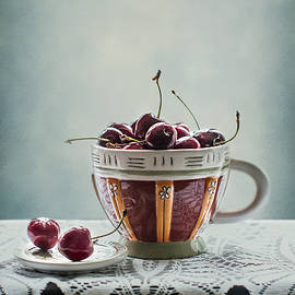 Maggie Terlecki - Cup of Cherries