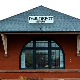 Richard Jenkins - D and R Depor Restaurant