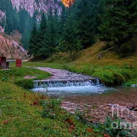 Claudia M Photography - Dambovicioara gorge - Romania