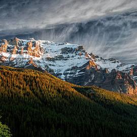 Paul Malen - Dawn on the Mountain